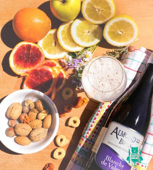blanche-de-valerie-almond-birra-artigianale.jpg