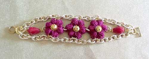 bracciale-con-fiori.jpg