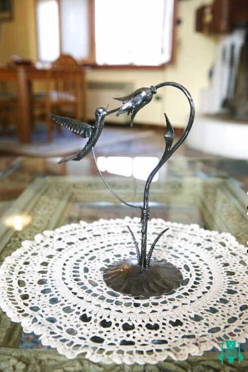 colibri-in-ferro-battuto-con-fiore-2.jpg
