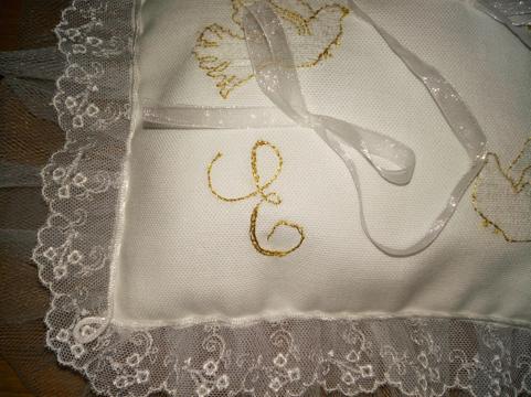 cuscinetto-portafedi-ricami.png