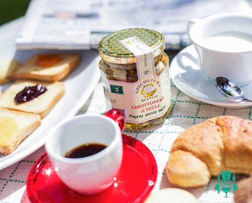 miele-con-frutta-secca-mista-apicoltura-bianco-miele-artigianale-abruzzo.jpg