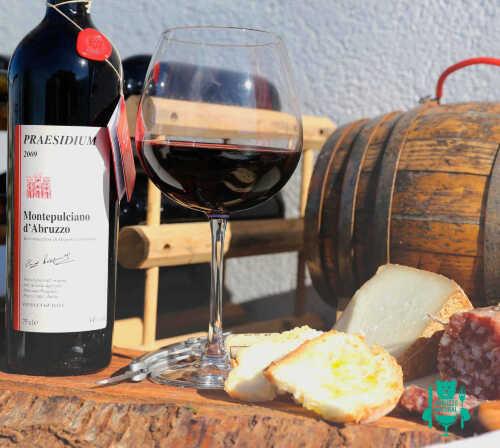 montepulciano-praesidium-vino-rosso.jpg
