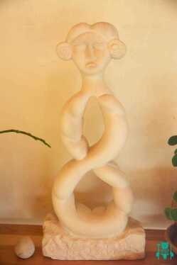 statua-in-pietra-totem-grande-3.jpg