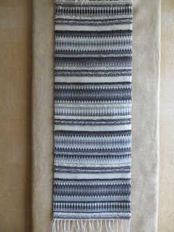 tappeto-in-lana-krok.jpg