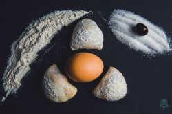 1509919286-caggiunitte-ripieni-di-marmellata-d-uva--dolci-tipici-abruzzesi.jpg