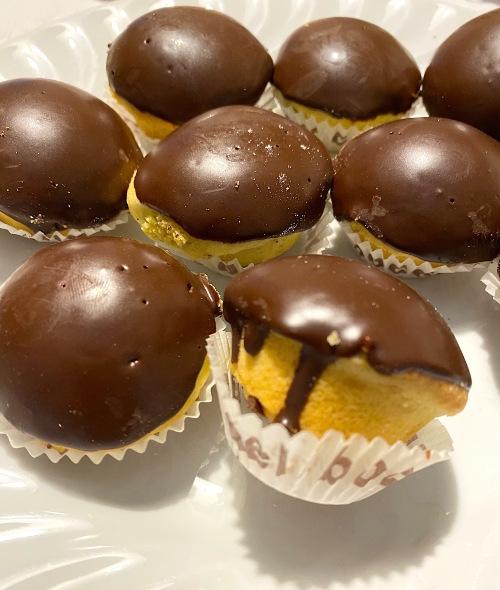 bocconotti-di-castel-frentano-glassati-al-cioccolato.jpg