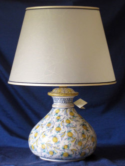 lampada-in-maiolica-10-fiori-gialli.jpg