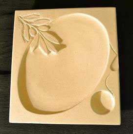 vassoio-in-pietra-decorato-2.jpg